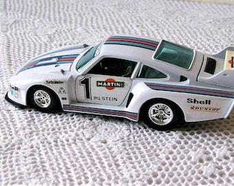 Vintage Burago 1/24 Scale diecast Porsche 935 TT Martini Italian Racing Car Metal Toy Collectible Porsche