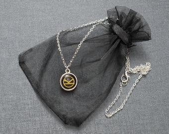 Kingsman necklace K logo pendant – Eggsy x Harry Hart – Hartwin – Oxfords not Brogues – fandom cosplay jewellery / jewelry accessory