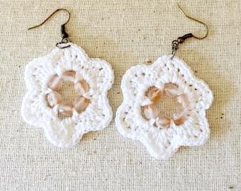 White Crochet Beaded Earrings / Crocheted Earrings / Beaded Earrings / Beaded Jewelry / Handmade Earrings / Handmade Earrings / Women's Gift
