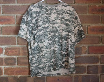 MILITARY camouflage box fitting T shirt