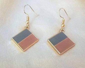 Two-coloured chandelier earrings. minimal style. geometric style. Handmade by feelcharmed.