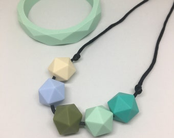 Sea Breezre - green and blue geometric beads TEETHING and NURSING necklace Silicone BPA Free food grade silicone Mama jewellery Mother