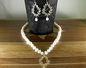 SCA Laurel Freshwater Pearl Necklace and Earrings Set