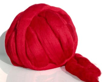 Fine Merino Wool Top Sliver, Merino wool roving for felting, spinning and weaving.  Tops 19 microns. Scarlet Red, Fire red, Bright red<