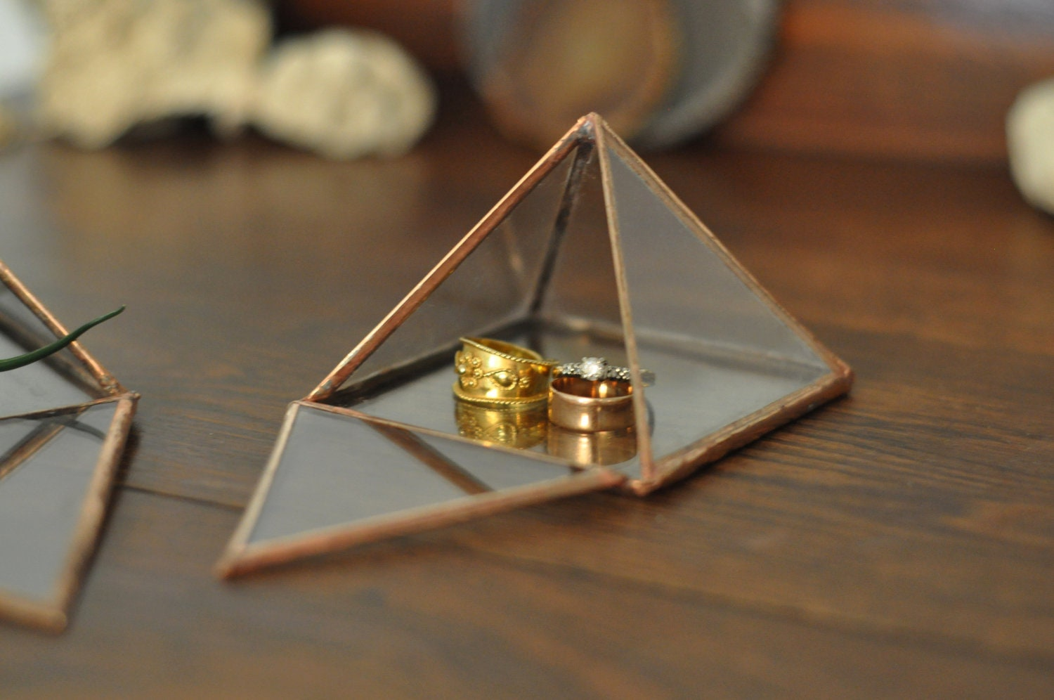 Display Box small glass pyramid jewelry box