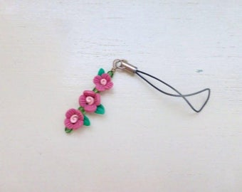 Clay bead zipper pull, beaded cell phone charm, beaded zipper pull, pink flowers, pink floral, spring accessory, gift idea, ready to ship