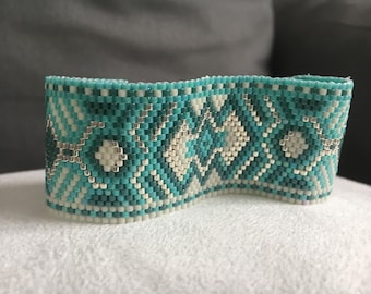 Pearls miyui - lunae collection turquoise Cuff Bracelet