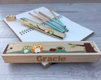 Wooden personalised pencil set engraved with the name of your choice bird set green