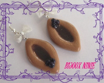 Earrings biscuit small boat blueberry in fimo