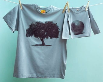 Great Father's Day Gift for Fathers Matching Apple Tree and Apple T Shirt Twinset for Dad and Son or Daughter