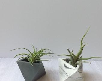 triangular geometric cement planter // desk accessory // wedding favor // unique gift // air plant // concrete planter // birthday gift