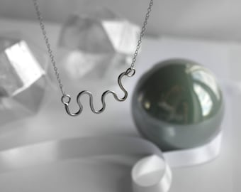 Silver wave necklace. Minimalistic silver necklace. Gift for her.
