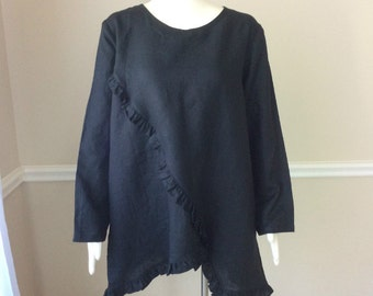 Linen tunic in black with flow of ruffles, trendy plus size linen clothing, plus size womens clothing