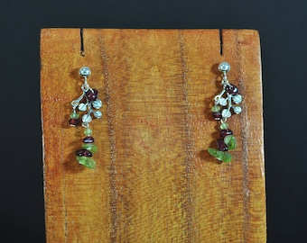 Ampelos earrings - earrings peridot and Garnet silver Leafs