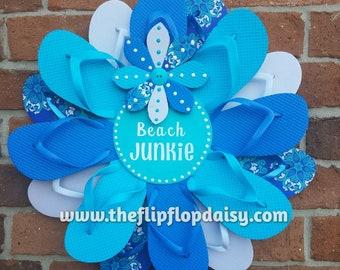 """Adorable """"Beach Junkie"""" Flip Flop Wreath Wall Hanging Door Decor Unique Gift Beach"""