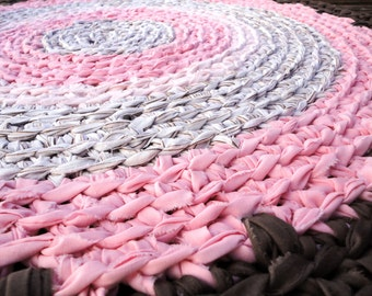 pink and brown rug - crochet round recycled