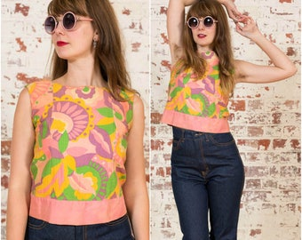 60s Psychedelic Top / Rainbow Pattern / Size XS-S