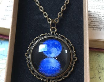 Pendant Necklace Blue Moon Twilight Nite Gothic Antique Vintage Style Chain Resin Setting Birthday Mother's Day Ladies Gift