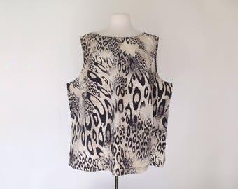 LYDIA // 1980s leopard print sleeveless oversized blouse