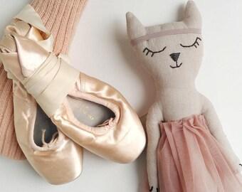 Ballerina Cat Blush
