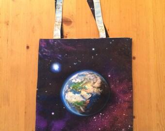 Earth / Moon / World bag