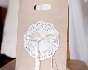 Rustic Kraft Welcome Bag, Wedding Favor, Bow & Doily Decor, Romantic Design, Welcome Gift Packaging, Welcome Gift Bag, Craft Paper Gift Bag