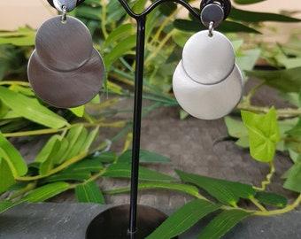 Stainless steel round earrings