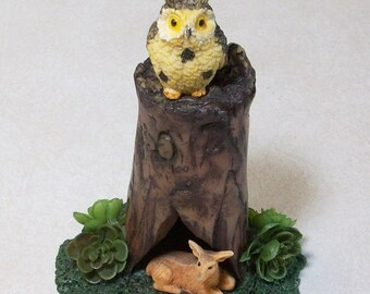 Miniature tree stump with owl and deer: Fairy garden or terrariums Polymer clay rustic tree stump
