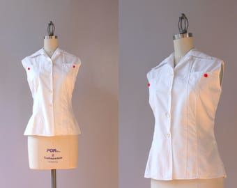 1950s Blouse / Vintage 50s White Cotton Blouse / Fifties Fitted Sleeveless Top M/L medium large