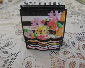 Floral Photo Easel