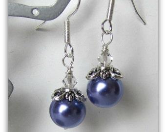 Violet boucles d'oreilles perles, perlés, cristaux de Swarovski, des fils d'acier chirurgical article #1103