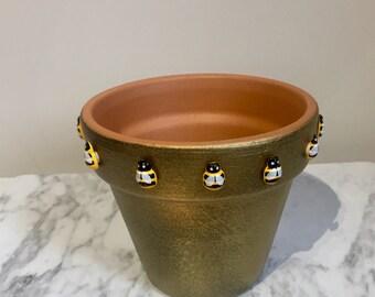Bumble bee, shiny gold, interior deco pot