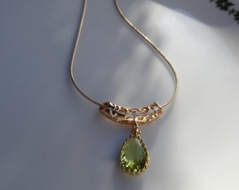 Necklace in 585 goldfilled with sparkling crystal glass pendant, Spring Green!