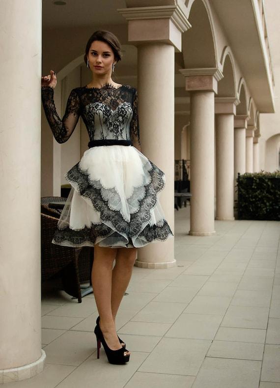 Schwarz und weiß Hochzeitskleid kurze Brautkleid mit Spitze
