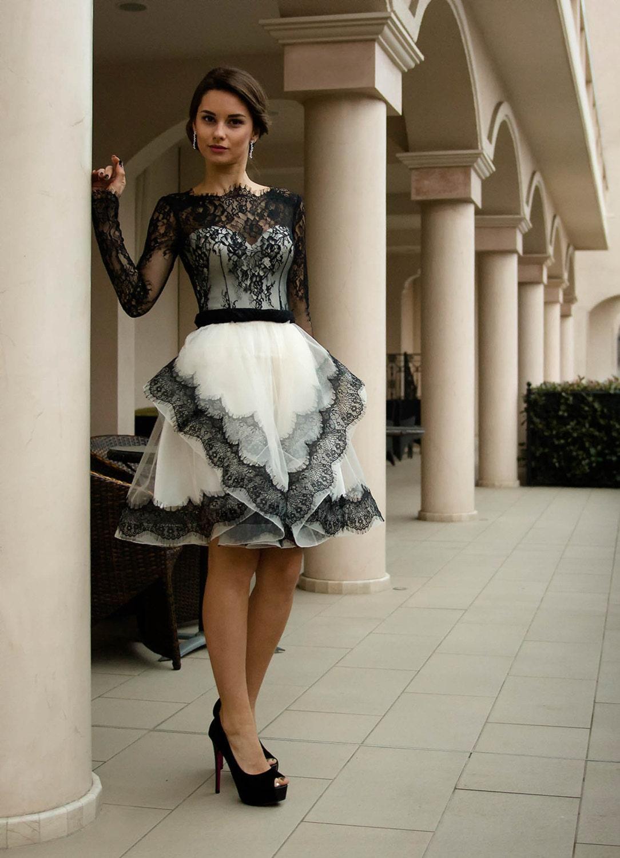 Short wedding dress black and white
