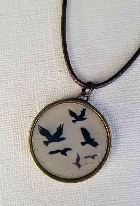 Flying Birds - color changing necklace