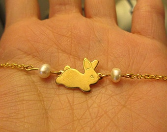 Gold Easter bunny with freshwater pearl pendant gold plate chain necklace