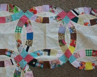 Vintage quilt pieces, unifinished quilt, wedding ring, mulit color cotton quilt pieces, unfinished project, oblong, quilt templates, lot