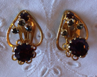 Vintage Clip On Earrings // Gifts for Her // Rhinestone Earrings // Mid Century Earrings // Vintage Jewellery.