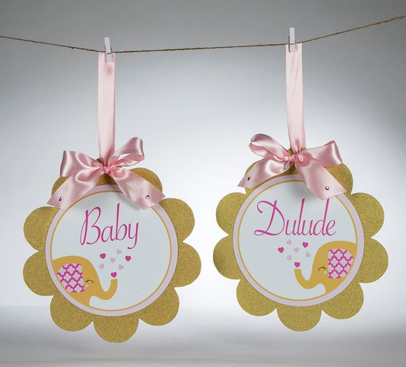 Elephant Theme Baby Shower Personalized Scalloped Circle Signs