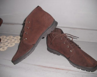vintage Brown suede leather Keds Ankle boots High top flats ~ Woman's 9 1/2 Hipster Indie Grunge