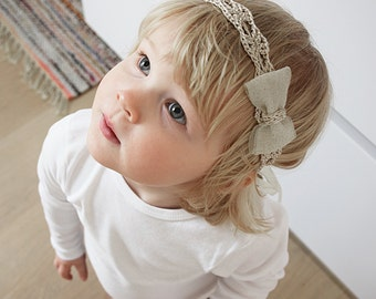 Baby Bow Headband, Baby Girl Gold Headband, Baby Headband Bows, Girls Headband, Baby Shower Gold Bow Headband, Newborn Headband with Bow
