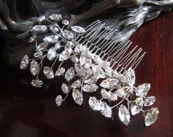 Wedding hair comb, Bridal hair accessories, wedding hair accessories, bridal comb, wedding comb, Handmade crystal hair comb