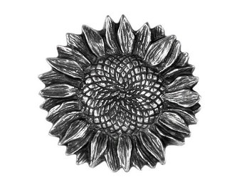 Danforth Sunflower 7/8 inch ( 22 mm ) Pewter Metal Shank Button