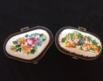 Vintage Set of Two Trinket Boxes, Pill Boxes, Made of Porcelain - 1970