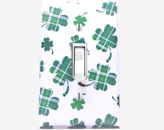 Shamrock light switch cover - Four leaf clover - Irish decor