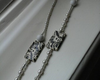 Black and white hair necklace