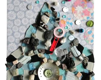 """Art pièce unique : """"Le rocher au coeur léger"""" oeuvre originale, mosaïque d'art, artisanat techniques mixtes, décoration, tableau peinture"""