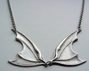 Chunky Funky Dark Antique Silver Rolo Chain Bat Wing Necklace New