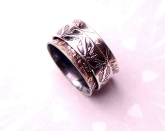 Spinner ring, silver bat ring, gothic wedding ring, wiccan jewellery, spinning ring, fidget ring, Chiroptera, halloween jewelry, vampire bat